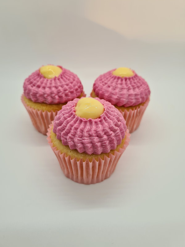 Hayley's Cupcakes in Henley on Thames  Rhubarb and Custard