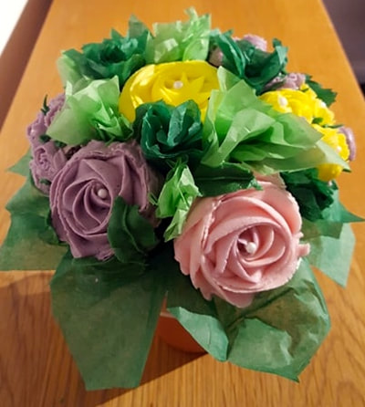 Hayley's Cupcakes in Henley on Thames Mothers Day Bouquet