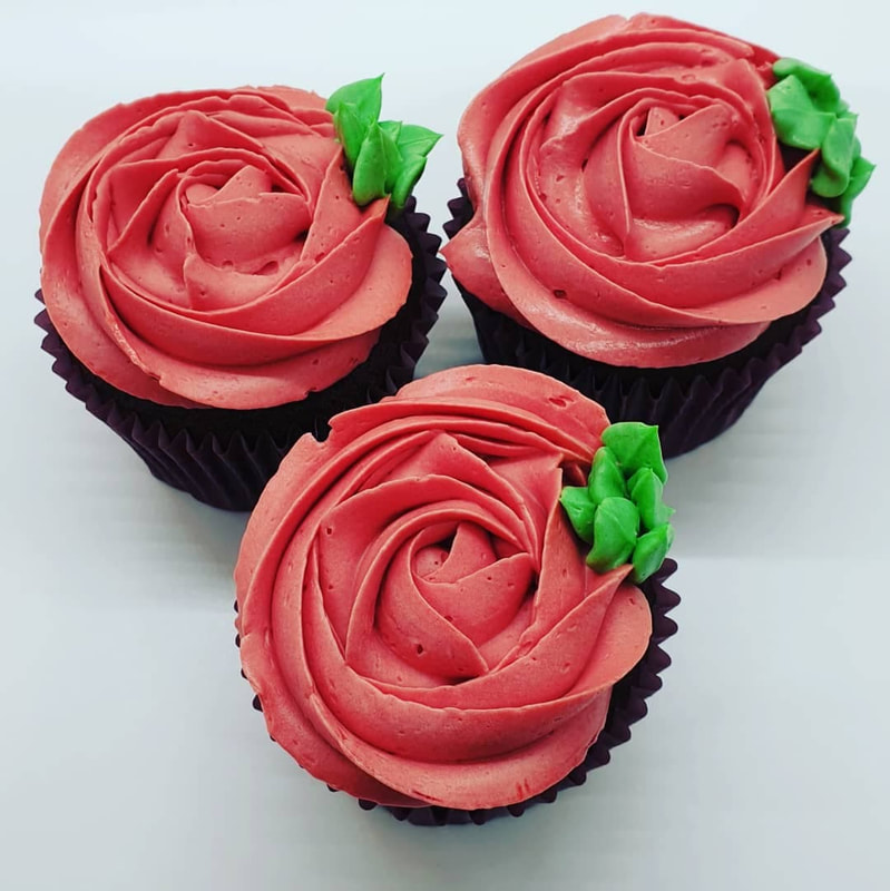 Hayley's Cupcakes in Henley on Thames Mothers Day red rose