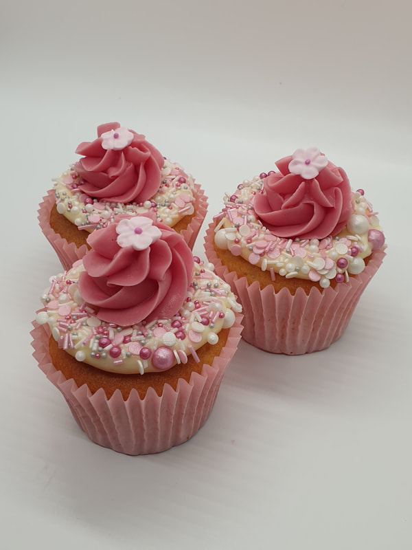 Hayley's Cupcakes in Henley on Thames  Pretty in pink