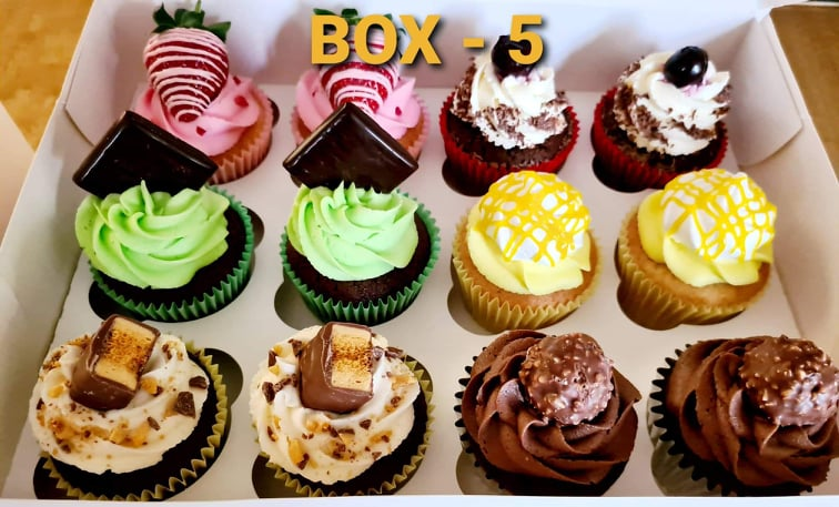 Hayleys cupcakes cake baker in Henley on Thames selection box 5